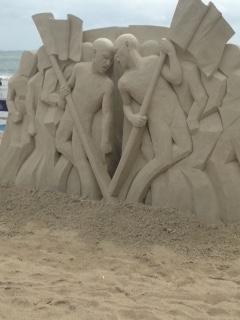 فستیوال بین المللی مجسمه ها ی ماسه ای